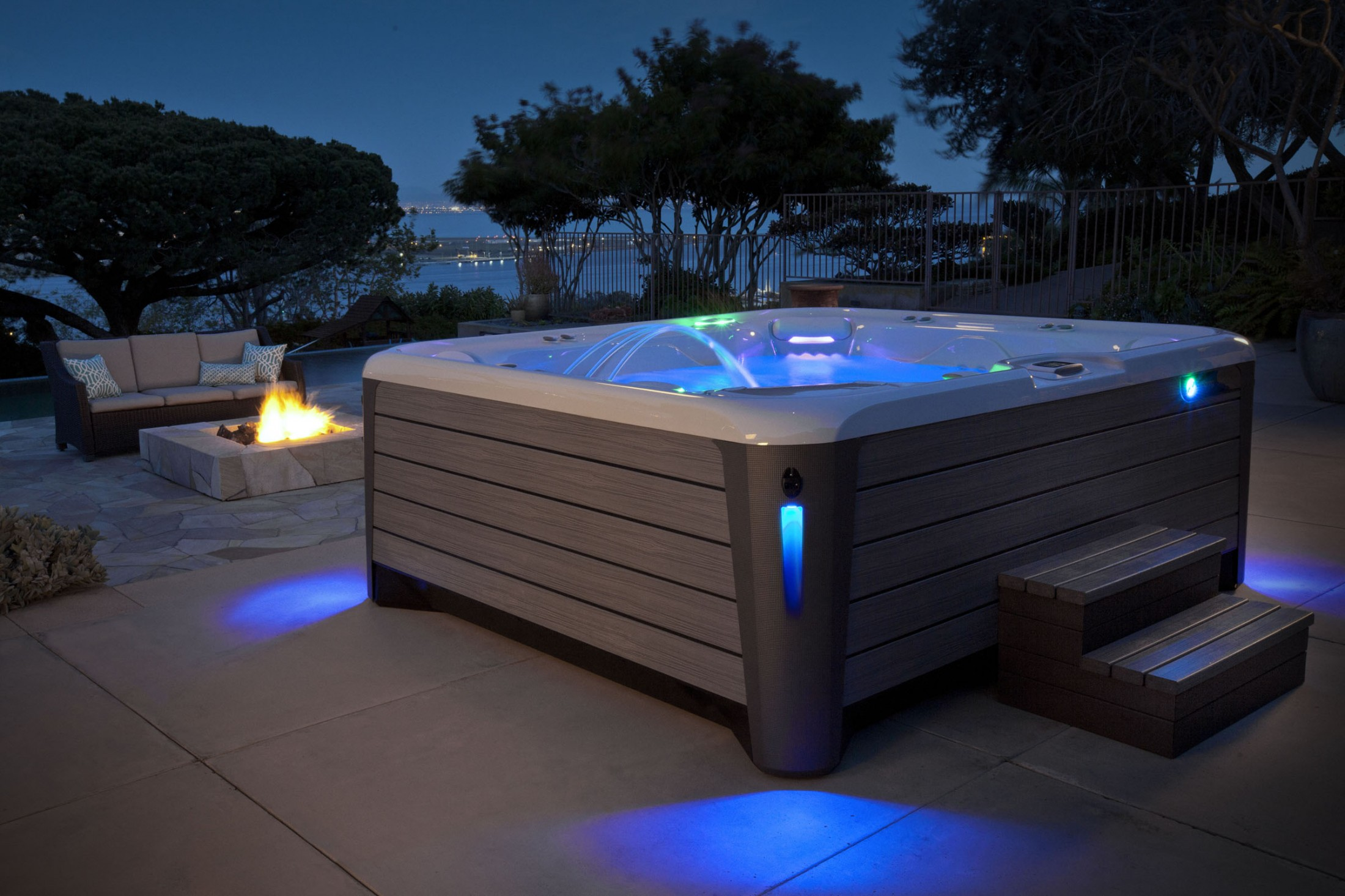 new highlife spas from hotspring grigg pools and outdoor. Black Bedroom Furniture Sets. Home Design Ideas